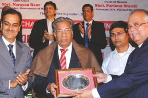 "Mr. S.C. Jain (Sanghvi) being awarded ""MCHI Lifetime Achievement Award"" in 2010 for 28 years of contribution towards real estate and his various social activities"